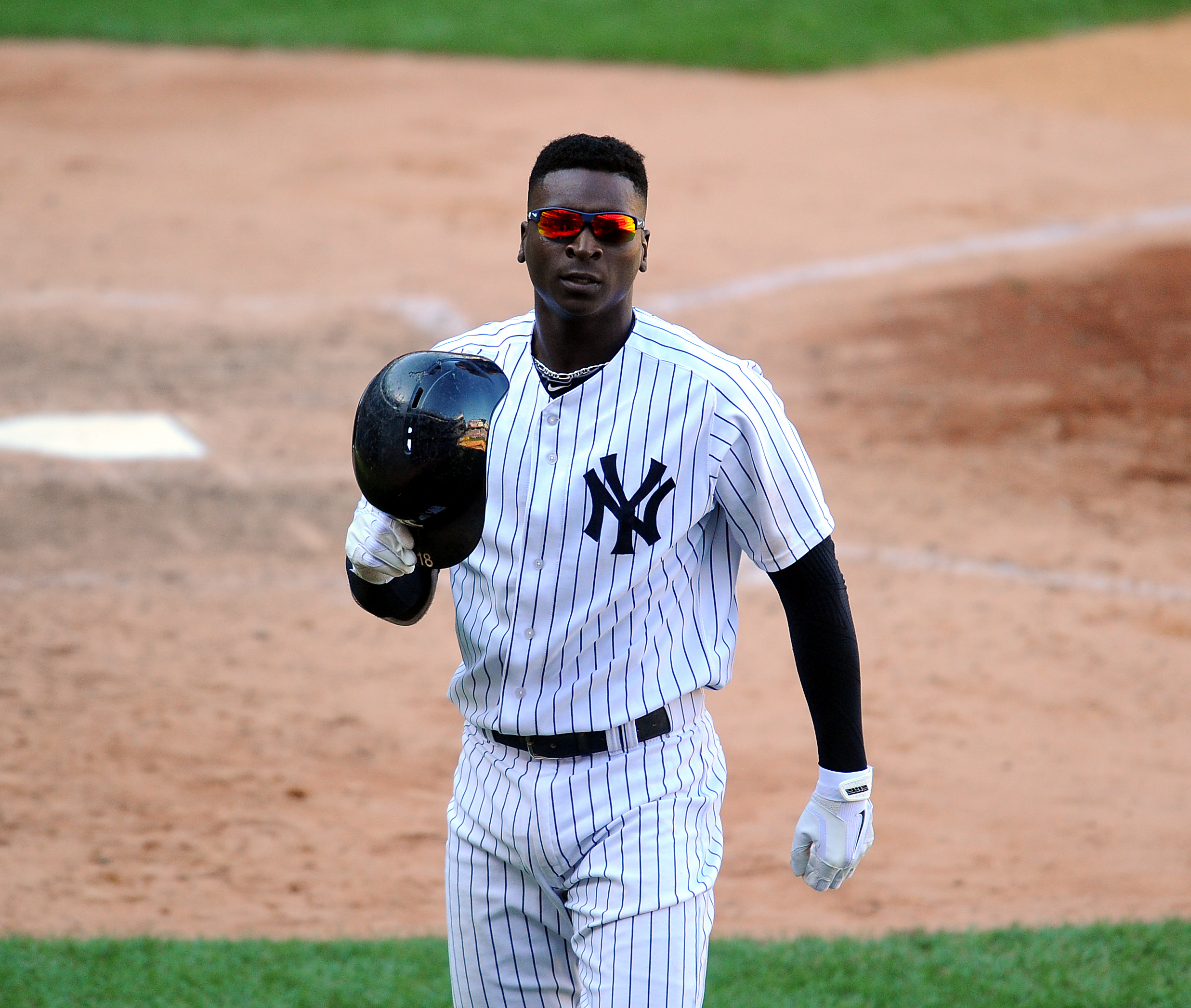 09/05/15 Tampa Bay Rays vs N.Y.Yankess at Yankees Stadium Bronx N.Y.New York Yankees lose 3-2 New York Yankees shortstop Didi Gregorius #18 lines out with bases loaded to end the 8th inning photos by Sportsdaywire